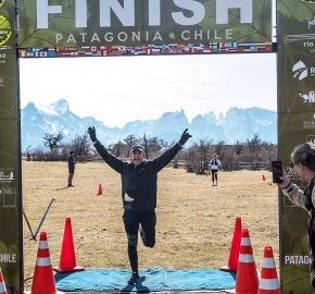 pim1909artr7769; Running in Patagonia for the eighth edition of the Patagonian International Marathon 2019 in Provincia de Última Esperanza, Patagonia Chile; International Marathon; Octava Edición Maratón de la Patagonia, Chile 2019;