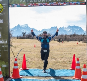 pim1909artr8081; Running in Patagonia for the eighth edition of the Patagonian International Marathon 2019 in Provincia de Última Esperanza, Patagonia Chile; International Marathon; Octava Edición Maratón de la Patagonia, Chile 2019;
