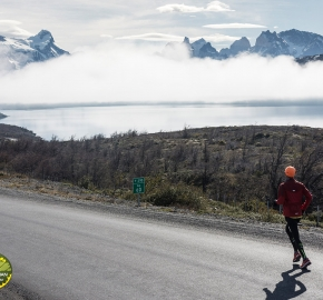pim1909lues7524e; Running in Patagonia for the eighth edition of the Patagonian International Marathon 2019 in Provincia de Última Esperanza, Patagonia Chile; International Marathon; Octava Edición Maratón de la Patagonia, Chile 2019;