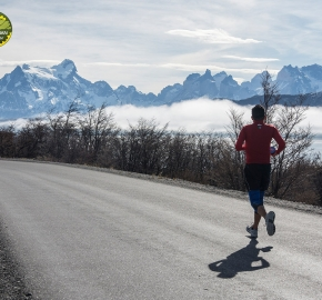 pim1909lues7559e; Running in Patagonia for the eighth edition of the Patagonian International Marathon 2019 in Provincia de Última Esperanza, Patagonia Chile; International Marathon; Octava Edición Maratón de la Patagonia, Chile 2019;