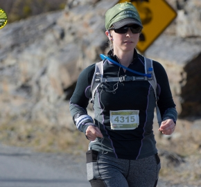 pim1909lues8037e; Running in Patagonia for the eighth edition of the Patagonian International Marathon 2019 in Provincia de Última Esperanza, Patagonia Chile; International Marathon; Octava Edición Maratón de la Patagonia, Chile 2019;