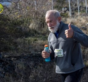 pim1909lues8060e; Running in Patagonia for the eighth edition of the Patagonian International Marathon 2019 in Provincia de Última Esperanza, Patagonia Chile; International Marathon; Octava Edición Maratón de la Patagonia, Chile 2019;